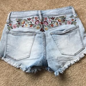 Mossimo Supply Co. Shorts - Mossimo high waisted embroidered shorts